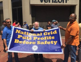 2222 members show support for the locked out USW Gas Workers with Bowdoin Square standout!