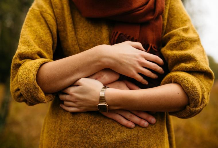 العلاقة الزوجية اثناء الحمل في الشهور الاولى هل مفيدة أم مضرة؟ 1