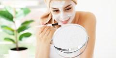 خلطات للوجه الجاف والحساس طبيعية وآمنة على بشرتك