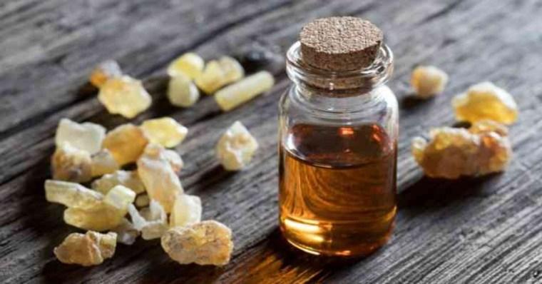 طريقة استخدام كريم لبان الذكر لعلاج حب الشباب