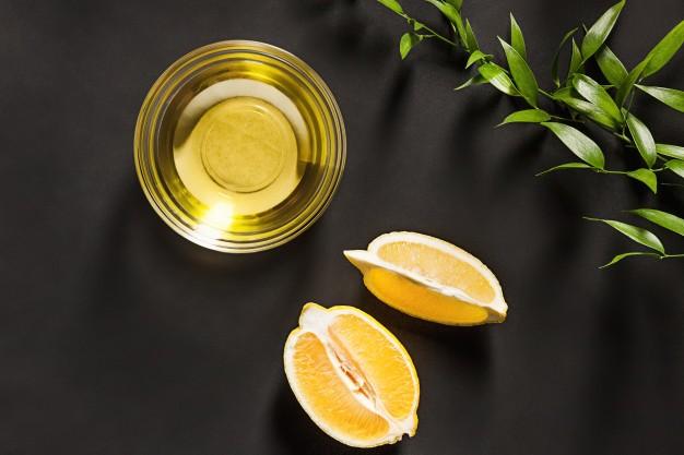 كيفية استعمال زيت الليمون للوجه للتجاعيد