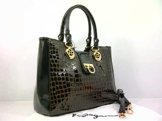 new-salvator-ferragamo-super-croco-komb-glosi-351coffee-35x12x26-idr370rb