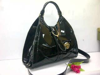 roberto-tiara-38x26-super-bahan-glossy-gradasi-inside-beludru-300-000-hitam