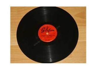 129600 3 4 35333 Taş Plak Nostalji Serisi – Türk Sanat Müziği Arşivini İndir