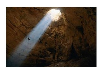 Cin Meclisi Mağarası