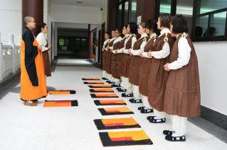 Retiro de ordenación de corta duración - entrenamiento de posturas