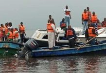 How 10 persons escape death after boat capsized in Lagos