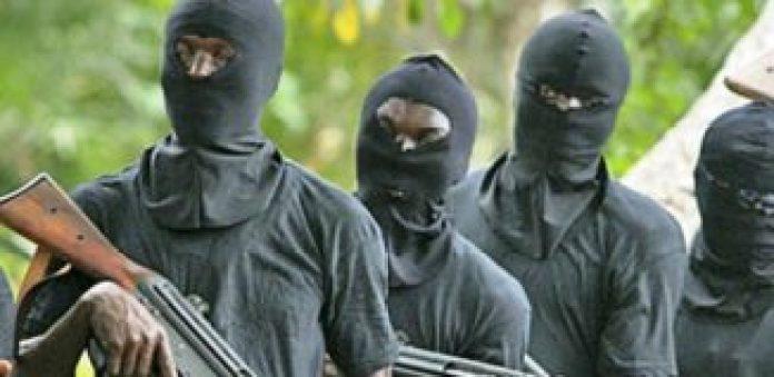 unmen kill 2 Policemen, one civilian in Delta ambush