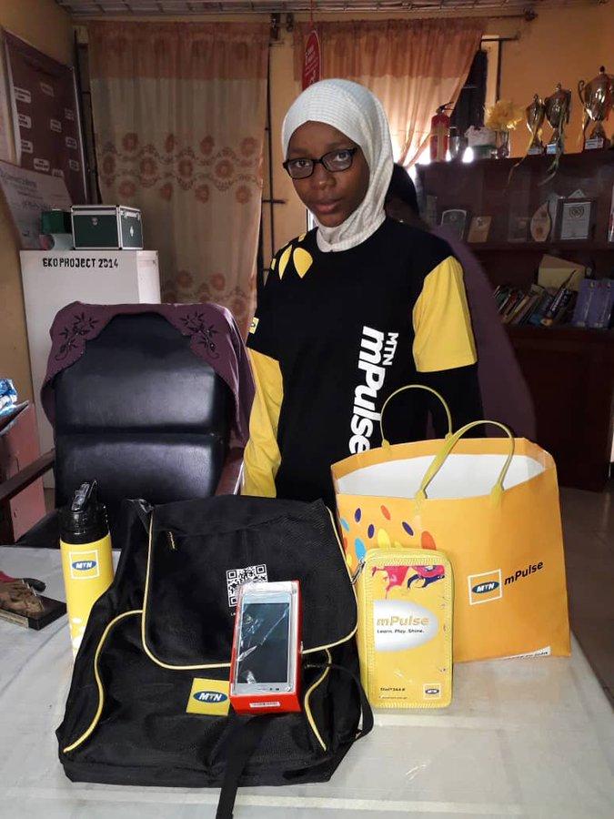 "Secondary school student Abeedah Alabi created ""E-Trash Box"" innovation"