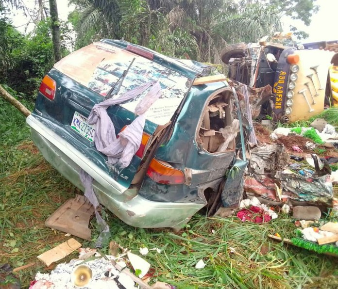 5 died, 2 injured as FRSC confirms accident on Nsukka-Obollo road, Enugu