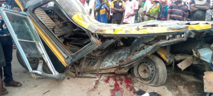 2 dead, 3 injured as truck runs into Danfo bus along Oshodi expressway