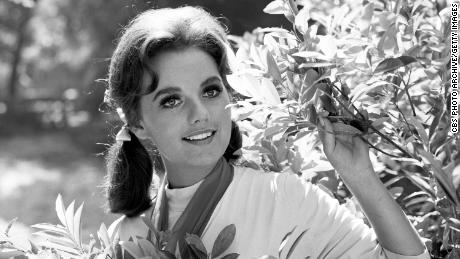 Popular Actress, Dawn Wells, Dies From COVID-19