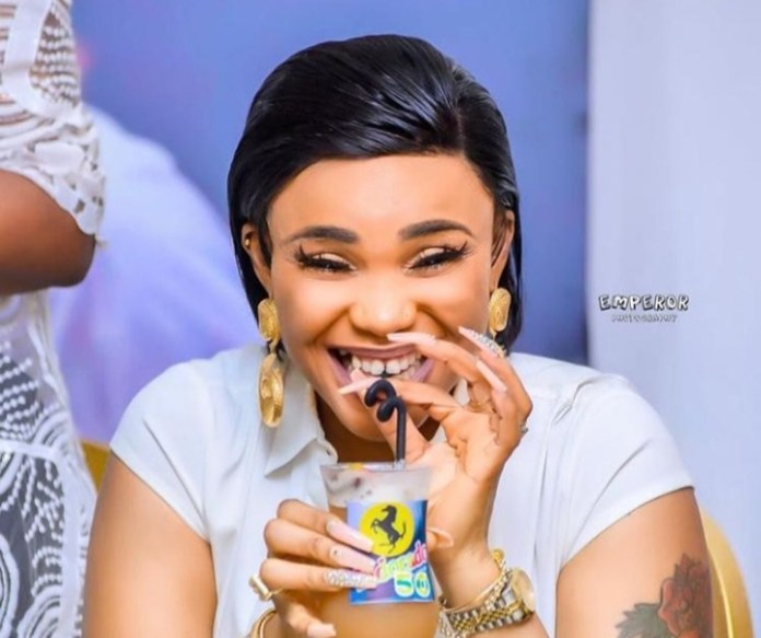 Nollywood Actress Iyabo Ojo Dazzles As She Clocks 43