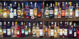 COVID-19: Dealers bleed as Paris extends alcohol ban