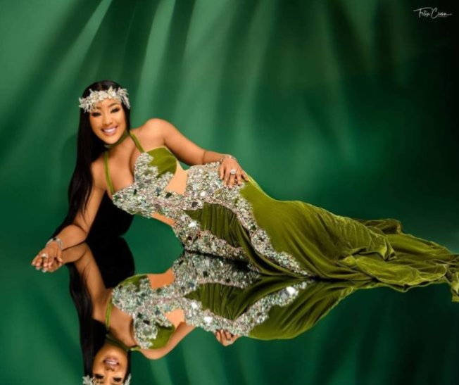 BBNaija's Erica Dazzles In Lovely Outfit As She Celebrate 27th Birthday