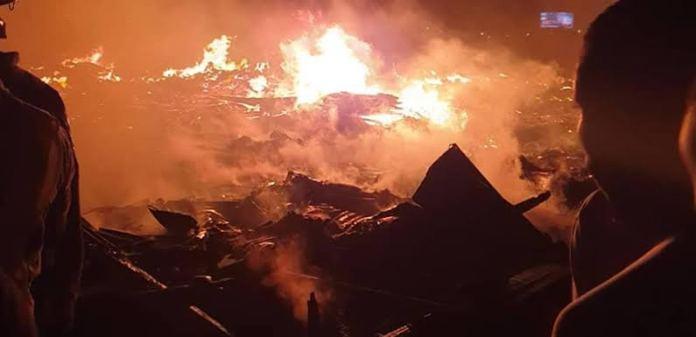 Breaking: Fire Razes Shanties In Ebute Metta