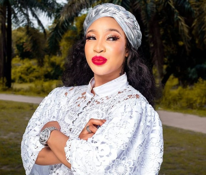 Madam Long Mouth- Tonto Dikeh Blast Shade Ladipo Over Comment On Her New Relationship