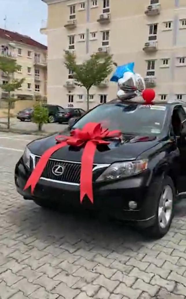 Checkout Video Of Gifts Denrele Edun Got On His 40th Birthday
