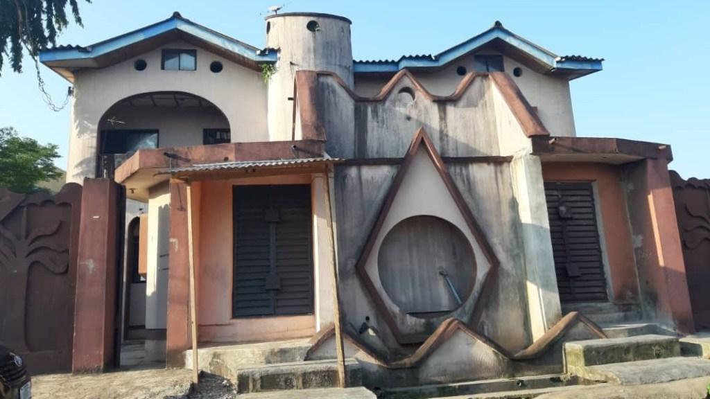 BLOCK OF FLAT FOR SALE AT IJEGUN LAGOS