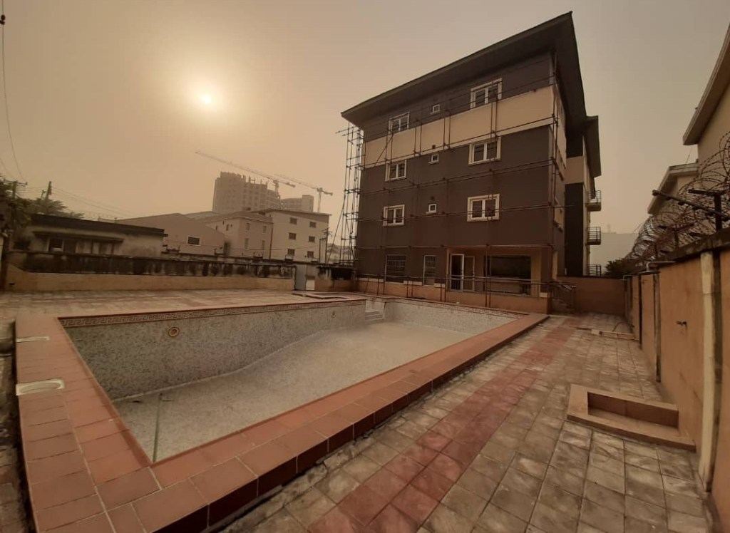NEWLY BUILT 3 STOREY BUILDING AND PARTLY FURNISHED WITH EXCELLENT FACILITIES FOR SALE AT VICTORIA ISLAND