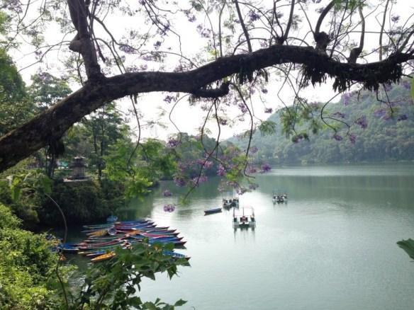 Озеро Фева рядом с Покхарой