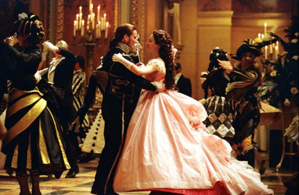 Masquerade-alws-phantom-of-the-opera-movie-1646775-700-459