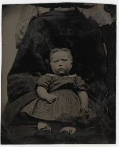 hidden-mother-photo-history