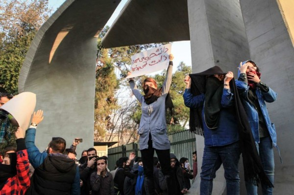 iran-tehran-protests
