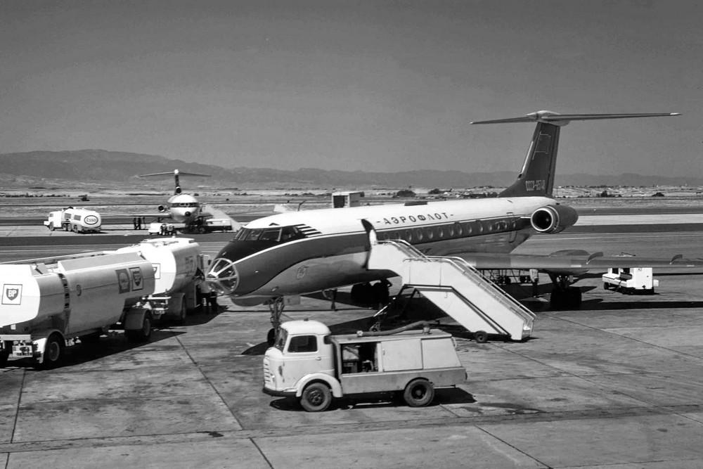 Самолет Ту-134 в аэропорту Никосия. Архивное фото из Интернета