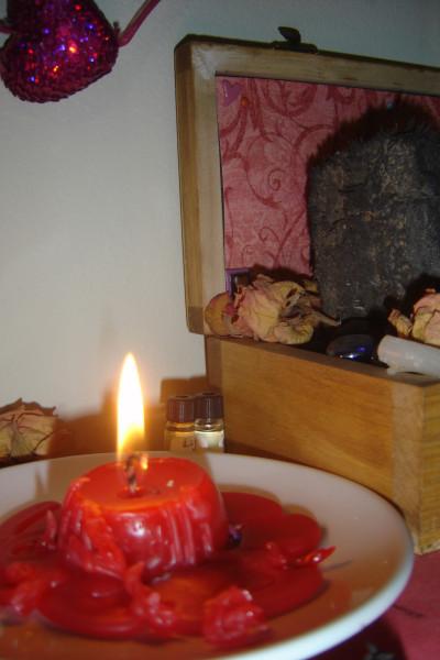 love altar feb 2013