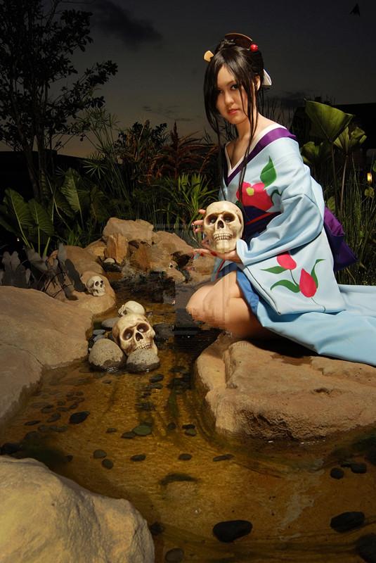 Jigoku Shoujo Hone Onna cosplay
