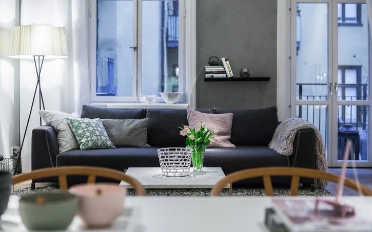 Binnenkijken   Scandinavische stijl ingericht appartement - #woonblog Stijlvol Styling www.stijlvolstyling.com
