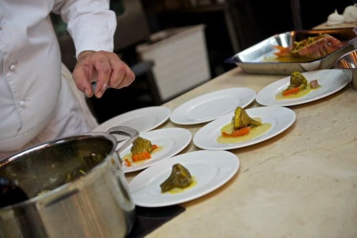 Артишоки, яйцо-пашот и трюфели от Daniel Hebet