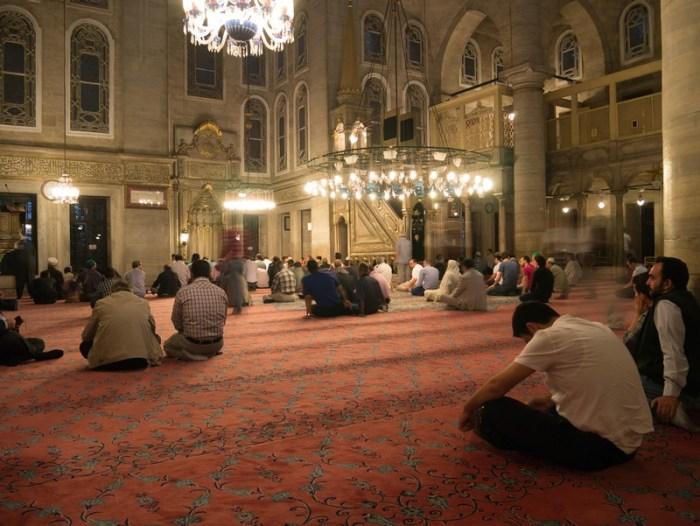 В мечети Эйюп