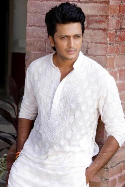 Image result for no collar kurta wearing bollywood mens
