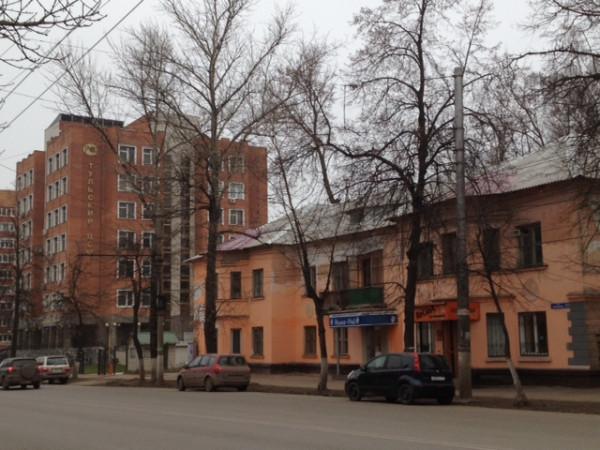 orange barak and big house 2