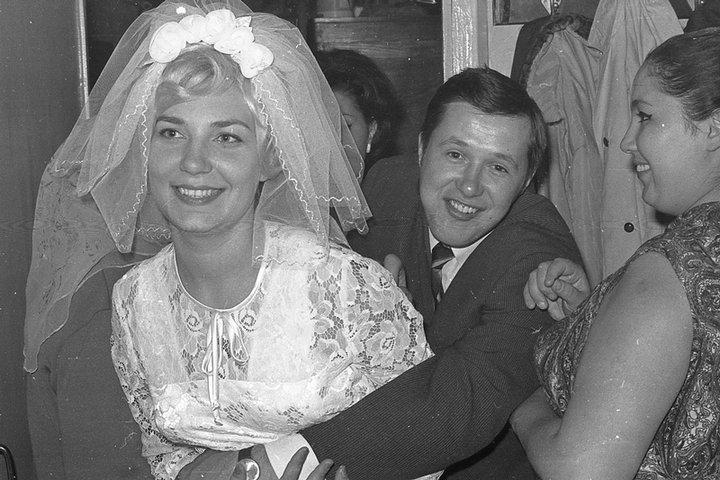 1380611194_soviet-wedding-002