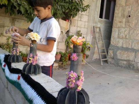boys, shells and flower