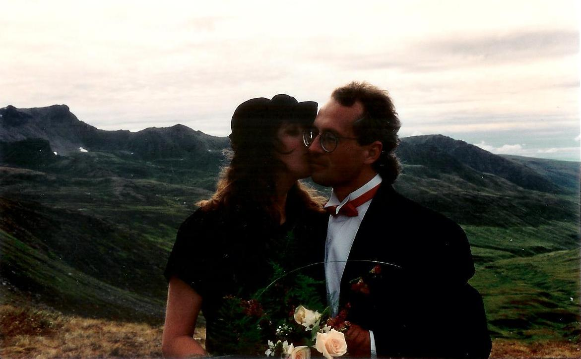 T and K wedding kiss