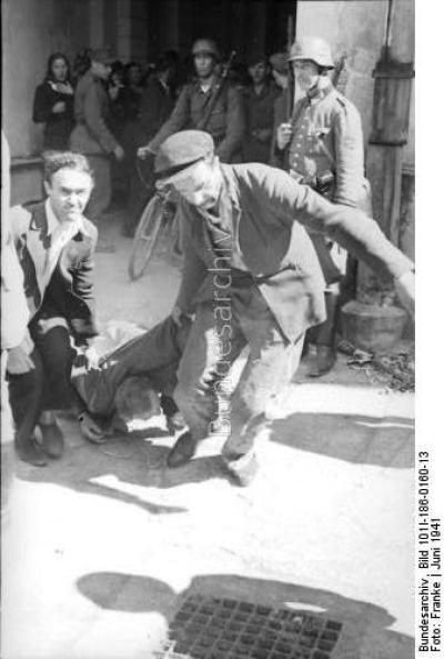 Избиение еврея (Бундесархив) 2