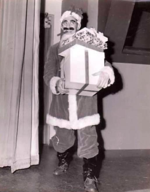 christmas groucho marx 00a