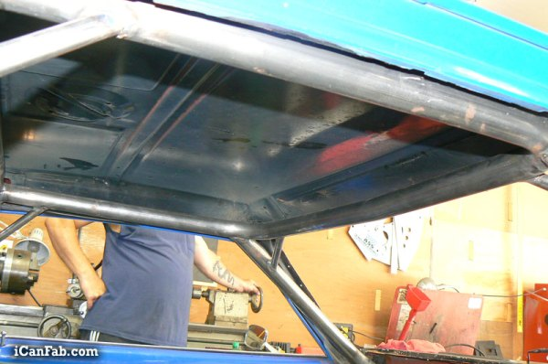 custom roll cage and chassis