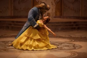 Dan Stevens as The Beast and Emma Watson as Belle in BEAUTY AND THE BEAST (2017)