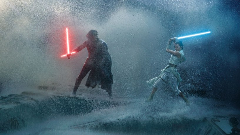 Adam Driver (Kylo Ren) and Daisy Ridley (Rey) duel in STAR WARS: THE RISE OF SKYWALKER (2019)