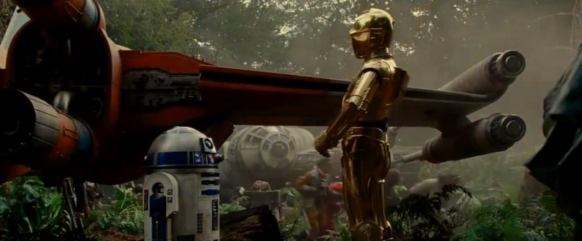 Old friends R2D2 and C-3PO share a private moment in STAR WARS: THE RISE OF SKYWALKER (2019)