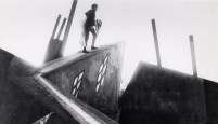 Conrad Veidt (Cesare) and Lil Dagover (Jane) co-star in THE CABINET OF DR. CALIGARI (1920)