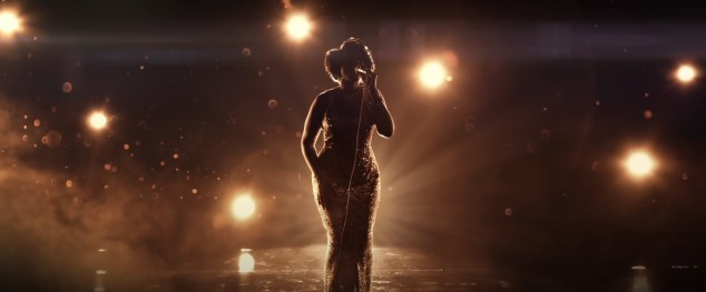 Jennifer Hudson stars as Aretha Franklin in the biopic RESPECT (2020)
