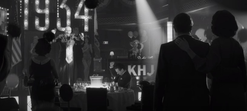 """A 1930s Hollywood party in MANK (2020), Netflix's """"writing of CITIZEN KANE"""" biopic from director David Fincher."""