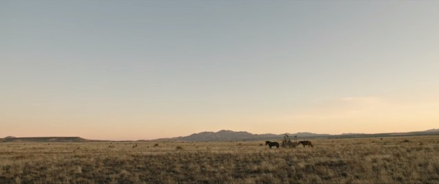 An epic shot of the Texas prairie in the Paul Greengrass Western NEWS OF THE WORLD (2020)