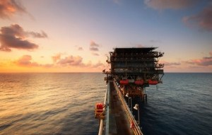 Oil Falls as U.S. Crude Stocks Build Amid Virus Resurgence Fears